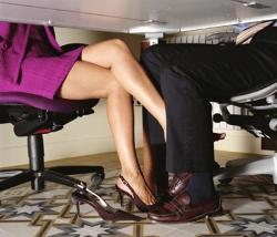 Приват секс на работе